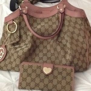 Authentic Gucci purse and wallet